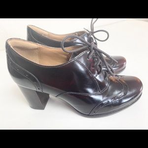 "Clarks Artisan Lace Up 3"" Wood Heel Ladies Oxford"